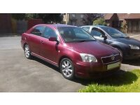 toyota avensis 1.8 lt car spares or repair 2004 saloon petrol engine £300 ono