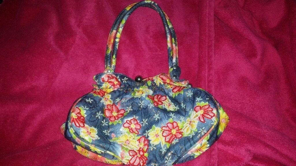 3 ladies handbags