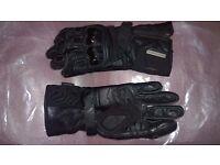 ALPINESTARS 'Tech Road GTX' Motorcycle Gloves (Size M)