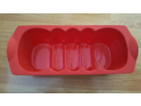 Flexible Tupperware Magic Bakeware Silicone Loaf Pan