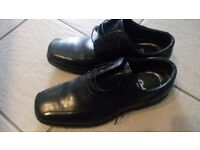 Clarks Men's Shoes new Size 10 Wide fit Black leather