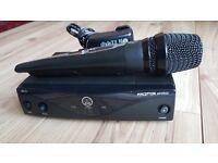 AKG wireless Mic Perception SR45