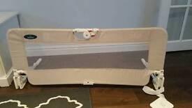 Bed guard (cream)