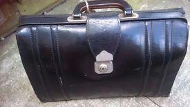 Vintage Leather Briefcase/bag