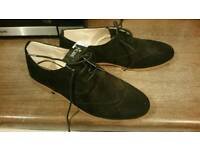 Size 7 black brogues womens