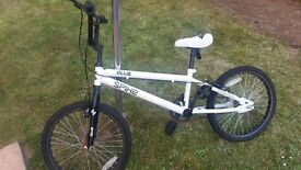 BMX white 20in Spike Ollie bike like new