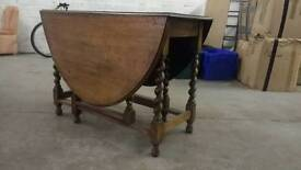 Set of wooden table and chairs. Good condition collect BH21 4db