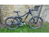 Kona Minxy Full suspension mountain bike