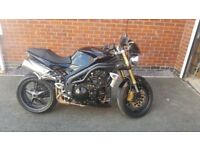 TRIUMPH SPEED TRIPLE 1050CC 2005 - IMMACULATE LOW MILES