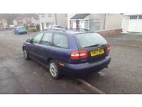 Volvo v40 Estate 1.8 S petrol (122Bhp) 2003, Full Years MOT, blue,manual