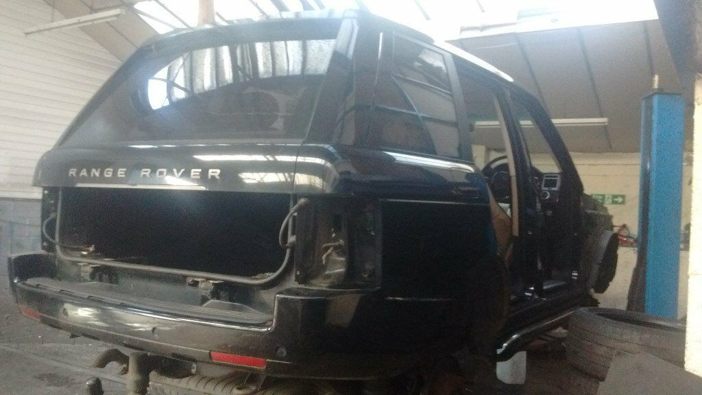 RANGE ROVER SPORT HSE 2006 BLACK TDI6 BREAKING FOR PARTS