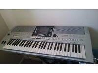 Yamaha PSR S710 Keyboard