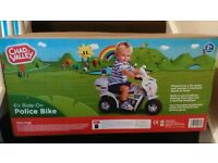 6V ride on Police bike -new, boxed
