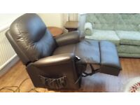 LEATHER CHAIR - SHERBOURNE DUAL MOTOR ELECTRIC LIFT & RISER (2ND CHAIR)