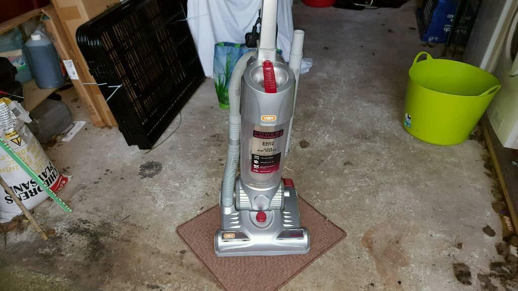 Vacuum cleaner upright pet 6
