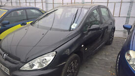 Breaking peugeot 307 black 1400 petrol all parts available