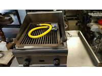 Commercial 2 burner charcoal grill Excellent condition