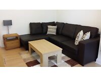 Beautifully presented 1 Bed Flat & Large Roof Terrace. Refurbished to Very High Standard throughout.