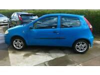 Fiat punto active sport 8V 1.2 Petrol MOT til March 2017 £750 ono