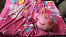Peppa Pig Single Duvet Set, Cushion and Night Light/Torch