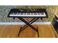 Yamaha EZ-220 Full Size Keyboard. 'As New' Condition