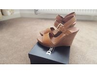 Dune london tan wedges size 38 nearly new