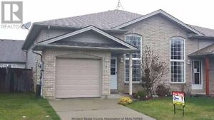 Gorgeous semi house for rent Tecumseh/East Windsor