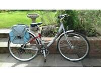 Ladies Raleigh Metro LX bike