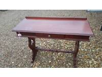 Hall / console table excellent condition