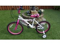 Childs bike with stabilisers. Brand new