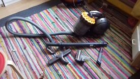 Good condition Dyson Hoover/ vacuum cleaner