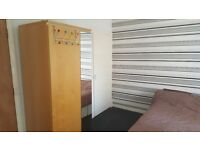 Double bedroom available £290