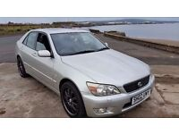 2002 02 LEXUS IS 200 2.0 SE **6 SPEED GEARBOX ** ONLY 60000 MILES ** EXCELLENT SERVICE HISTORY **