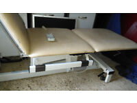 ELECTRIC ADJUSTING - REMOTE OPERATED THREE PIECE MASSAGE BEAUTY THERAPY TATTOO PLINTH COUCH TABLE!