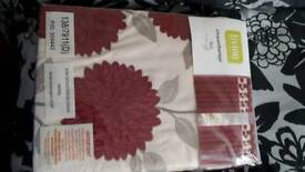 Red and cream curtains 66 x 90