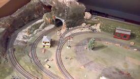 OO Gauge Model Railway layout. 2 circuits, thomas engine, coaches, trucks.