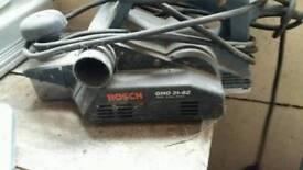 BOSCH GHO 31-82 750w