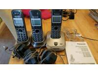 Panasonic triple cordless digital answer phones great condition with booklet