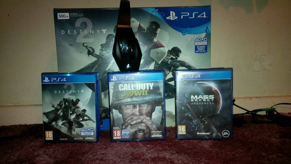 Ps4 for sale with gaming headset