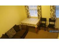 2 bedroom flat in Dallow Road, Luton, LU1 (2 bed)