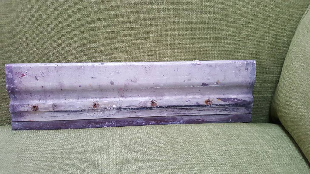 Large screen printing squeegee