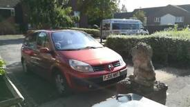 Red Renault Scenic