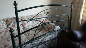 King Size Metal Bed Frame in excellent condition and excellent quality.