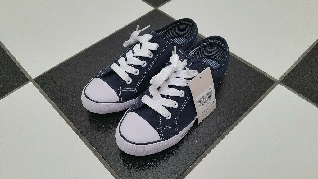 802fca70eebb3c Brand new! Size 5 Tu unisex converse style flat shoes   trainers