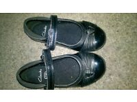 black clarks shoes