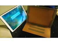 IPad Pro 12.9 with accessories Excellent Condition