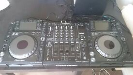 2xCDJ 2000 Nexus + 1xDJM 900 Nexus + Flight Case