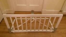 BabyDan Wooden Bed Guard - White