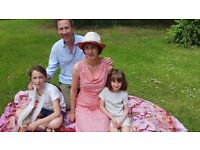 Warm and friendly English-French family in Kew, South West London, looking for live-in au pair