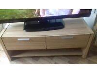 tv stand / oak wood / small